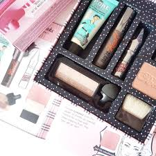 giveaway beauty knockouts full face makeup kit from benefit kryolan makeup kit ping