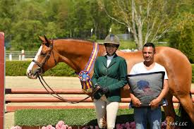 Fetching Earns Grand Hunter Championship at Old Salem Farm Spring Horse  Shows