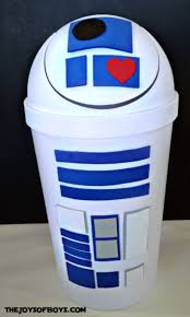 With a few supplies and about 10 minutes you can create a super neat classroom valentine mailbox that your kiddos are sure to love. This Is The Way To Make Your Own Star Wars Valentine Boxes Inside The Magic