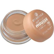 essence soft touch mousse makeup matte beige 02 image