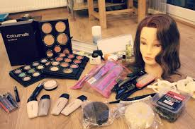 what s in my student make up kit level 3 diploma in a make up you