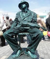Resultado de imagen para pinturas hombres estatuas