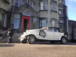 uncategorized horans wedding cars Wedding Cars Tralee bently s2 black_ivory_daimler_limousine_gal_6 cool_vanilla_chrysler_300_6 lincoln_limousine_gal_3 red_carpet_gal_4 1930's style ivory beaufort wedding cars tralee