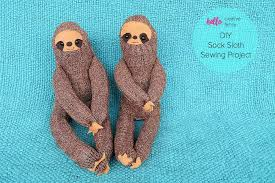 how sweet our these little diy sock sloths this would be the cutest handmade gift