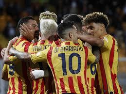 Serie B, Lecce show: quarta vittoria di fila, Monza schiantato 3-0