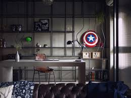 Manly office decor image small stlye Ceo Show Off Yourself Thecoolist 17 Manly Home Decorating Tips For Guys Who Are Clueless