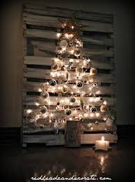 Diy Christmas Tree Pallet Christmas Tree Redhead Can Decorate