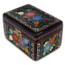 How To Decorate Wooden Boxes Lacquer Chest from Olinala Guerrero Folk Art of Mexico 28