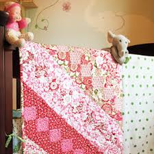 Lullaby: FREE Sweet & Simple Floral Twin Quilt Pattern & Rosy Lullaby: FREE Sweet & Simple Floral Twin Quilt Pattern Adamdwight.com