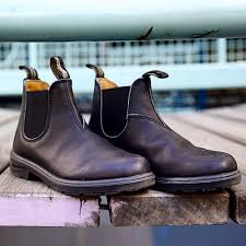 An update to our masterfully tailored james the jones chelsea is a closet staple for the man about town. Black Premium Leather Chelsea Boots Men S Style 510 Blundstone Usa