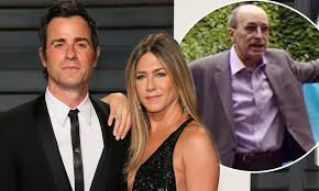 Light Nuisance From Neighbours Nyc Jennifer Anistons Nyc Neighbour Accused Of Spying On Star