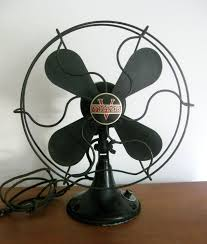 vintage table fan victor desk fan black with great paint and badge logo