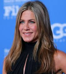 10 pictures of jennifer aniston without makeup