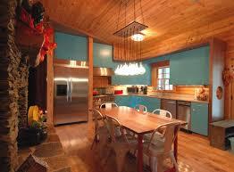new doors kitchen 1 HUNOVAL CABIN 8crop
