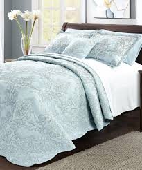 damask embroidered quilted bedspread set