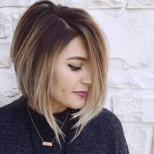 Trendy účesy Roce 2019 Dámské Střední Vlasy Módní Styl