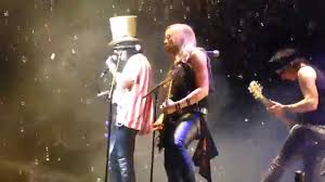 alice cooper takes als ice bucket challenge s out live at virginia beach on 8 20 14