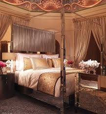 Expensive Bed Kim Kardashian Stays In Worlds Most Expensive Hotel Room For