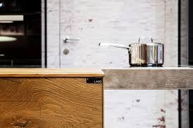 Top cucina tavolo a penisola in acciaio e legno steel by lago