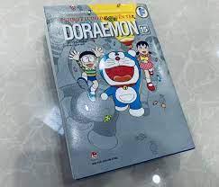 Ở nhà làm gì: Mua vé trở về tuổi thơ giá 130k với truyện tranh Doraemon đại  tuyển tập