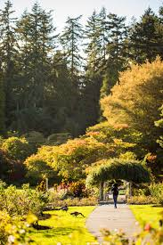 22 gardens to visit this spring in