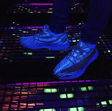 Cream White Yeezy Black Light Had No Idea This Happens When You Put Cream White Yeezys