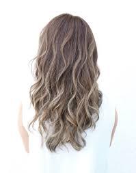 ハイライトグラデーションで外国人風なオシャレヘア Hair