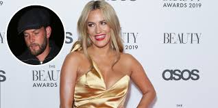 Caroline flack's boyfriend lewis burton shouted i was normal till i met her as she was charged for allegedly attacking her toyboy lover, it has been claimed. Caroline Flack S Boyfriend Lewis Burton Declares His Love For Her Ahead Of Court Hearing Celebrity Heat