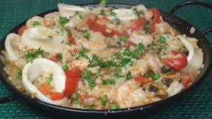 Simple Seafood Paella Recipe - YouTube