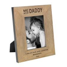 dad deserves only the best so surprise him with this wonderful keepsake personalised