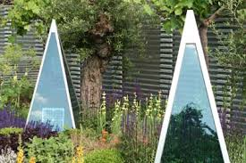 Small Picture Garden designs at the RHS Chelsea Flower Show 2007