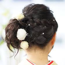 小学生の卒業式袴に似合う髪型はおすすめスタイル6選feelyフィーリー
