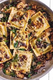 italian ravioli with spinach