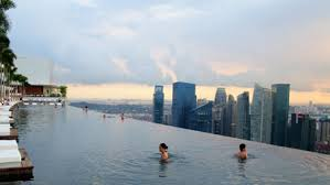 150 Meter Outdoor Infinity Pool Marina Bay Sands Yatzer