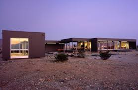 Contemporary 1 helius lighting group tags Kitchen Desert House Marmol Radziner Marmol Radziner Desert House