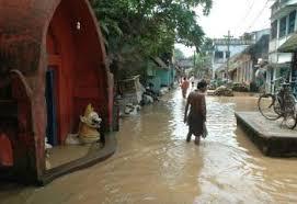 ओडिशा में बाढ़, सैकड़ों बेघर