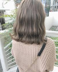 大学生女性の流行りの髪色2018秋冬暗めも明るめもとにかくモテる