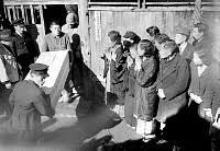 「1948年 - 帝銀事件新聞記事」の画像検索結果
