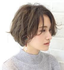 遊び心をひとさじ素敵な大人のリラクシーカールヘア Short Hair