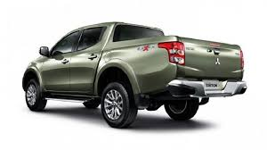 2018 mitsubishi sportero. beautiful mitsubishi they did incorporate some swoopy lines and gave it a much improved  aerodynamic shape the car adopts new bumper design lighting clusters  inside 2018 mitsubishi sportero h