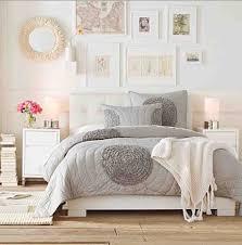 Light and bright bedroom ideas. Grey, nutral, white, feminine.