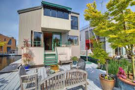 Houseboats In Seattle Tiny House Roundup Five Small Homes For Sale In Seattle Curbed