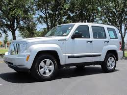 Best-Internet-Trends66570: Jeep Liberty 2011 Silver Images