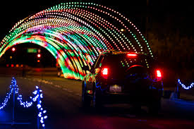 Driveway Tunnel Christmas Lights Christmas In Color