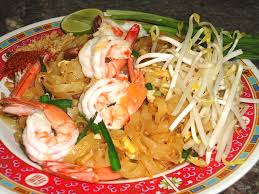 what is thai food what to eat at a thai food restaurant in  pad thai shrimp at joy s thai food better than eating padthai at a thai