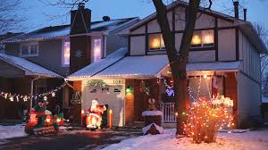 pictures of homes decorated for christmas outside part 36