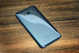 htc latest phone 2017. htc\u0027s latest flagship smartphone, the u11, is helping company rebound after many quarters of revenue loss. htc phone 2017