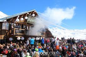 The Best French Resorts for Apres Ski. Guide to Top 5 Apres Ski ...