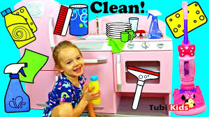 cleaning baby bathtub kitchen cleaning pretend play mouse vacuum baby bathtub surprise toys cleaning baby oil