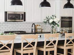 20 Farmhouse Kitchen Decor Ideas That Are Still Timeless